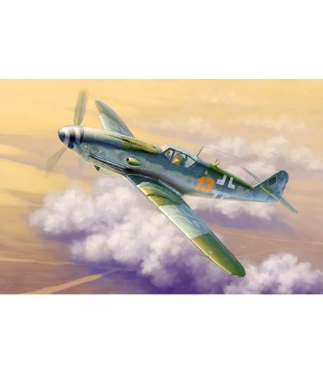 Самолет Messerschmitt Bf-109K-4 (1:32) TRUMPETER 02299