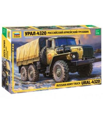 Российский армейский грузовик Урал-4320 ЗВЕЗДА 3654