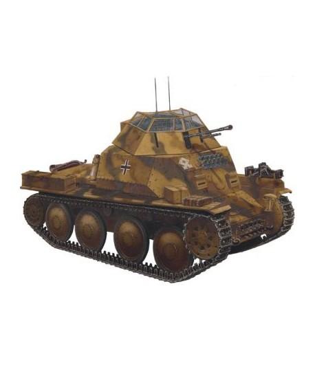 Разведывательный танк 140/1 МОДЕЛИСТ 303543