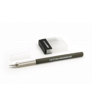 Дизайнерский нож с 25 дополнительными лезвиями, темно-оливковая ручка TAMIYA 89983