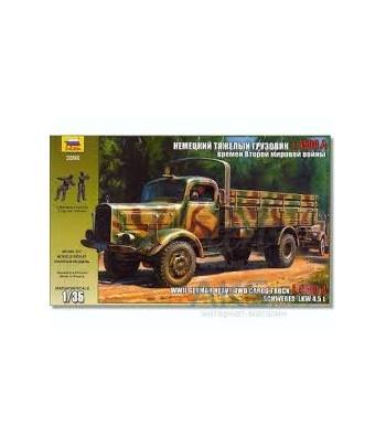 Немецкий тяжелый грузовик L 4500A времен Второй Мировой Войны ЗВЕЗДА 3596