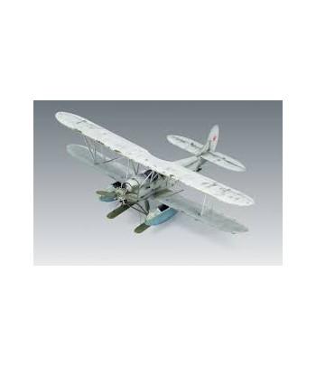 Советский самолет По-2 с санитарными кассетами ICM 48253