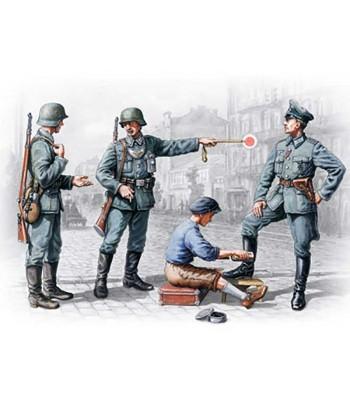 Фигуры Немецкий патруль (1939 - 194) ICM 35561