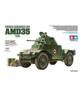 Французский разведывательный бронеавтомобиль AMD 35 с 1 фигурой (1:35) TAMIYA 32411