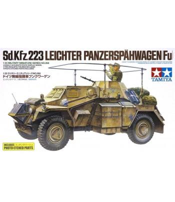 Немецкий разведывательный бронеавтомобиль Sd.Kfz.223 Leichter Panzerspähwagen (1:35) TAMIYA 35268