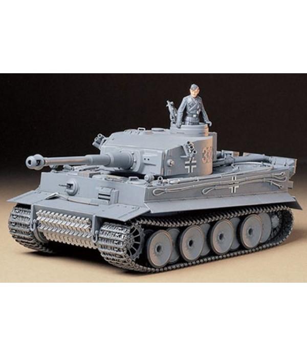 Танк Tiger I Early Production с 1 фигурой TAMIYA 35216